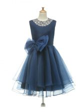 Inexpensive Navy Blue Sleeveless Beading and Bowknot Knee Length Little Girls Pageant Dress Wholesale