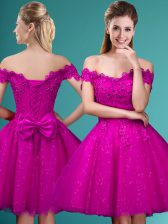 Hot Sale Fuchsia Cap Sleeves Lace and Belt Knee Length Court Dresses for Sweet 16