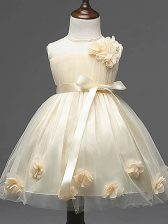 Exquisite Knee Length Zipper Child Pageant Dress Champagne for Wedding Party with Hand Made Flower