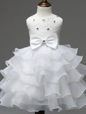 Elegant White Ball Gowns Organza Scoop Sleeveless Lace and Ruffled Layers and Bowknot Knee Length Zipper Kids Pageant Dress