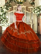 Rust Red Off The Shoulder Neckline Embroidery and Ruffled Layers Vestidos de Quinceanera Short Sleeves Zipper