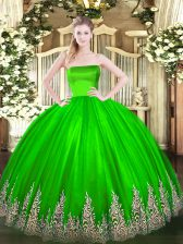Tulle Strapless Sleeveless Zipper Appliques Quinceanera Dress in