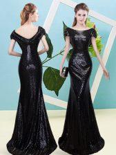 Sequined Scoop Cap Sleeves Zipper Sequins Prom Evening Gown in Black