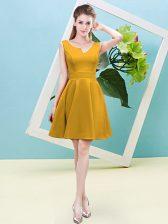 Pretty Gold Asymmetric Zipper Ruching Dama Dress for Quinceanera Sleeveless