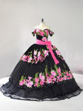 Chic Black Off The Shoulder Neckline Embroidery Quinceanera Gowns Sleeveless Lace Up