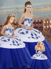 Eye-catching Royal Blue Ball Gowns Sweetheart Sleeveless Tulle Floor Length Lace Up Embroidery and Bowknot 15th Birthday Dress