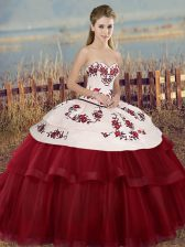 Elegant White And Red Quinceanera Dress Military Ball and Sweet 16 and Quinceanera with Embroidery and Bowknot Sweetheart Sleeveless Lace Up