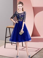Scoop Half Sleeves Dama Dress for Quinceanera Knee Length Embroidery Blue Tulle