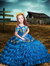 Classical Short Sleeves Organza Floor Length Lace Up Little Girl Pageant Dress in Blue with Embroidery and Ruffled Layers
