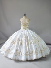 Decent Sleeveless Floor Length Embroidery Lace Up Quinceanera Gowns with White