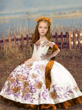 White Off The Shoulder Lace Up Embroidery Pageant Gowns For Girls Sleeveless