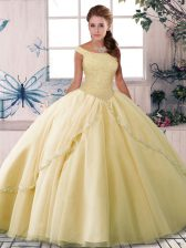 Sleeveless Tulle Brush Train Lace Up Quince Ball Gowns in Yellow with Beading