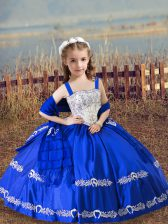 Nice Sleeveless Floor Length Beading and Embroidery Lace Up Little Girls Pageant Gowns with Royal Blue