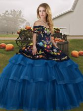 Fashionable Sleeveless Embroidery and Ruffled Layers Lace Up Quinceanera Dresses with Blue And Black Brush Train