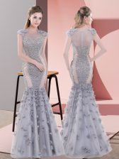 Flirting Cap Sleeves Floor Length Beading and Lace and Hand Made Flower Lace Up Prom Dresses with Grey