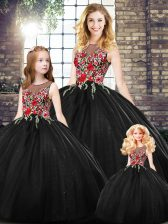Scoop Sleeveless Zipper Embroidery Quinceanera Gown in Black