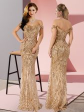 Glittering Off The Shoulder Sleeveless Prom Dresses Floor Length Ruching Gold Sequined