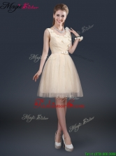 Lovely Scoop Fashionable Prom Dresses with Appliques and Belt BMT065BFOR