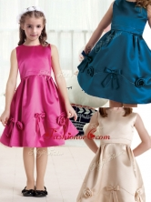 Elegant Bateau Knee Length Satin Flower Girl Dresses with BowknotFGL287FOR