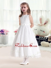 Latest Princess Scoop White Flower Girl Dresses in LaceFGL278FOR