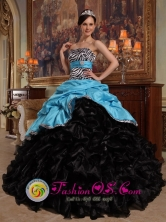 Nezahualcoyotl Mexico New Style Aqua Blue and Black Quinceanera Dress with Sweetheart Pick-ups Ball Gown For Winter Style QDZY435FOR