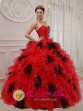 Beautiful Red and Black  Wholesale Quinceanera Dress Ball Gown Sweetheart Orangza Beading and Ruffles Decorate Bodice Elegant Ball Gown In Curuguaty Paraguay Style QDZY474FOR