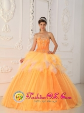 For 2013 Wholesale Clebrity In Pinetop Orange Ruffles Sweetheart Quinceanera Dress With Appliques and Beading In Caacupe Paraguay  Style QDZY256FOR