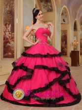 Gorgeous Coral Red WholesaleAppliques Decorate Quinceanera Dress For Spring Sweet 16 In Ypane Paraguay Style QDZY391FOR
