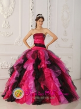 Ruffles Wholesale Strapless Multi-color 2013 Quinceanera Gowns With Appliques Tulle For Sweet 16 In Katuete Paraguay Style QDZY470FOR