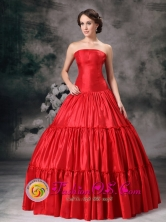 Strapless Pleating 2013 Sweet Red Quinceanera Dress Custom Made In Formal Evening Filadelfia Paraguay Style TXFD827010FOR