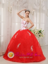 Summer White and Red Gorgeous Quinceanera Dress With Sweetheart Taffeta and Organza Appliques Decorate In Desmochados Paraguay Style QDZY548FOR