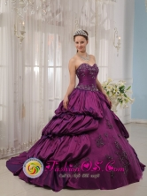 Eggplant Purple Quinceanera Dress For 2013 Sweetheart Court Train Appliques With Beads Taffeta Ball Gown IN  Ocotal Nicaragua  Style QDZY177FOR
