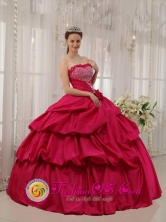 Customize Beautiful Hot Pink Beaded Decorate Bust For Quinceanera Dress With Hand Made Flowers IN  Bumbona Nicaragua  Style QDZY375FOR