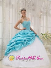 Fall Perfect Blue and White Taffeta and Tulle For Affordable Quinceanera Dress Beading IN  Granada Nicaragua  Style QDZY369FOR