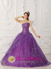 2013 Olmue Chile Spring Lavender A-line Embroidery Quinceanera Dress With Strapless Satin and Organza Style QDZY276FOR