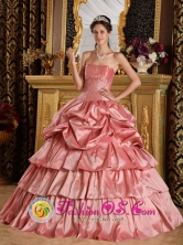 2013 Pucon Chile Fall Watermelon Red For Discount Quinceanera Dress With Strapless Pick-ups and Beading Style QDZY284FOR