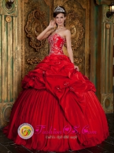 Alto Hospicio Chile Beading and Appliques Yet Pick-ups Decorate Bodice Wonderful Red Sweet 16 Dress For Celebrity Style QDZY207FOR
