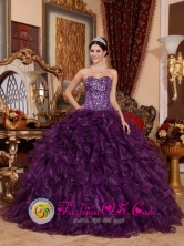 La Union Chile Customzied Strapless Dark Purple Sequins Bodice Ruffles Sweetheart Quinceanera Dress Style QDZY698FOR