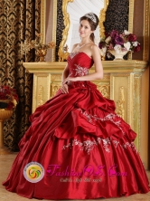 Nancagua Chile Red Quinceanera Dress Appliques and Ruched Bodice For Strapless  With  Pick-ups Style QDZY215FOR