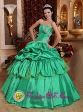 Argelia Colombia Formal Evening Appliques and Pick-ups For Low Price Apple Green Stylish Quinceanera Dress Style QDZY512FOR