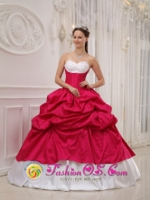 El Zulia Colombia Winter Hot Pink and White Sweetheart Sweet 16 Dress With Pick-ups and Taffeta Beading Style QDZY380FOR