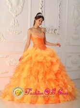 Los Andes Colombia Orange Red Beading and Ruch Elegant Wholesale Quinceanera Dress For Formal 2013 Evening Sweetheart Organza Ball Gown Style QDZY340FOR