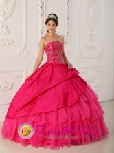 Lovely  Hot Pink Beading Wholesale Quinceanera Dress For 2013 Pueblo Bello Colombia Strapless Organza and Taffeta Gown In Summer Style QDZY406FOR