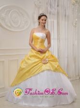 Morales Colombia Exquisite Strapless Yellow and White Sweet 16 Quinceanera Dress For Winter Style QDZY366FOR