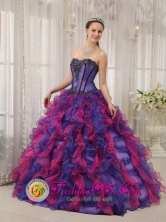 Nueva Granada Colombia Colorful Classical Wholesale Quinceanera Ball Gown Dress With Appliques and Ruffles Layered Style QDZY353FOR
