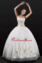 White Strapless 2015 Quinceanera Dress with Beading and Embroidery XFNAO5789FOR
