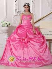 Tole Panama Beading and Flowers Decorate 2013 Modest Hot Pink Quinceanera Dress With Sweetheart Neckline Style QDZY743FOR