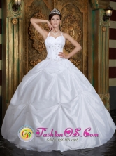 Ferrenafe Peru Customer Made Ball Gown White Sweet 16 Dress With Halter Taffeta Beading In New York Style QDZY260FOR