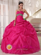 Monsefu Peru Sweetheart Hot Pink Quinceanera Dress With Organza Appliques hand flower decorate Pick-ups for 2013 Graduation Style PDZY666FOR