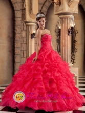 Perfect Ruched Bodice and Beaded Decorate Bust For  Wholesale Quinceaners Dress With Ruffles Layered For 2013 Spring IN Rosario Uruguay Style QDZY293FOR